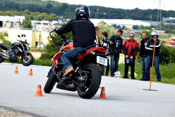 2016: La formation de 7 heures du permis moto pour passer du permis A2 au permis A
