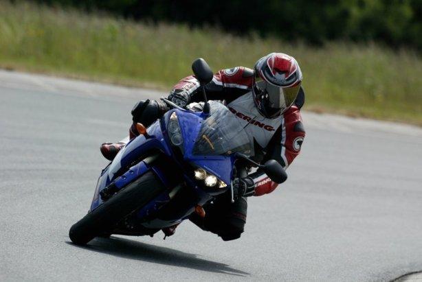 Fiche moto simplifiée N°12 : Stabilité et trajectoire