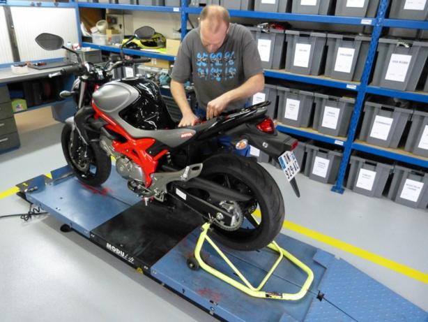 Bridage et débridage des Suzuki pour le permis moto A2