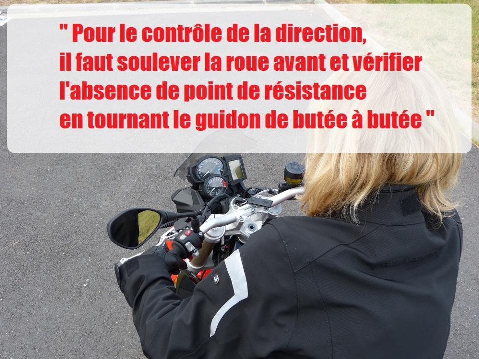 Les vérifs techniques du permis moto A2 sur la BMW F800R en conditions d'examen