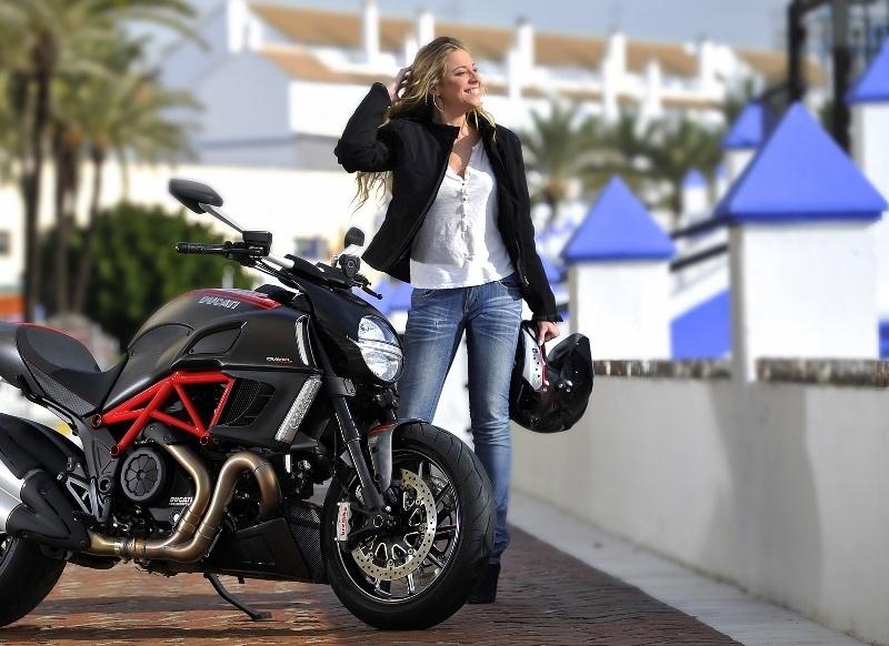 369 €: Le pack équipement ultra complet pour passer le permis moto