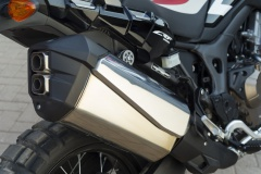 Honda CRF1000L AfricaTwin YM16 D741 (800x532)